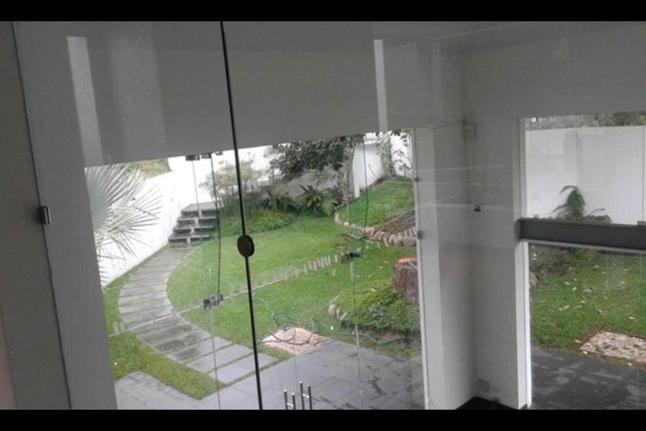 Vista de un área de la vivienda de Los Eucaliptos en la que habitó Roxana Baldetti, su esposo y dos hijos. (Foto: Archivo/Soy502)