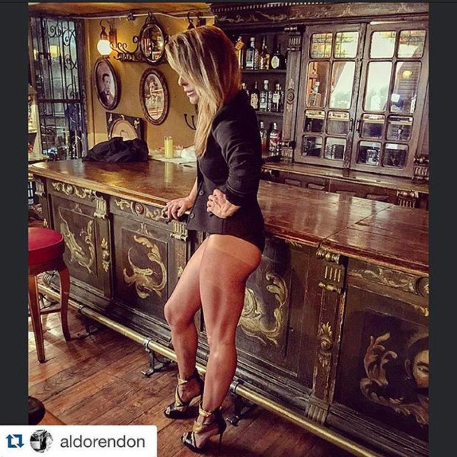"""Una fotografía de Aldo Rendon, mostrando el lado más sexy de las piernas de Kate del Castillo ha provocado miles de comentarios de los fans de la """"Reina del Sur"""". (Foto: Aldo Rendón)"""
