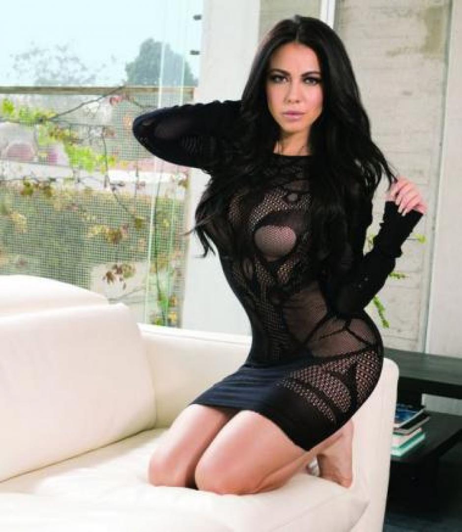 Jimena Sánchez infartante en revista H foto 03