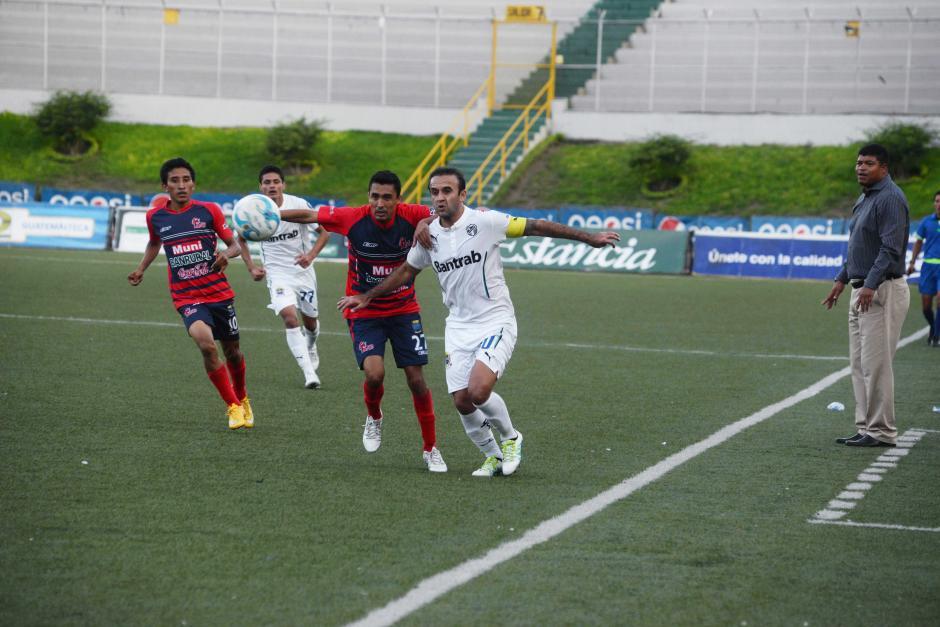 José Contreras fue el más claro en la generación de juego crema. (Foto: Nuestro Diario)