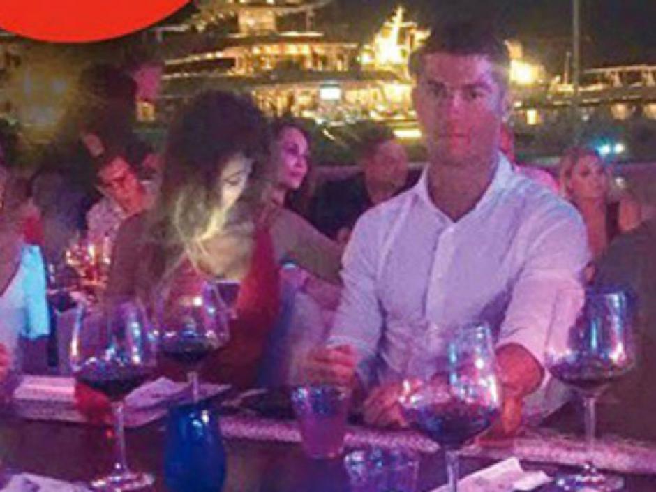 Cristina Buccino en su cita con Cristiano Ronaldo en Ibiza. (Foto: Cristina Buccino)