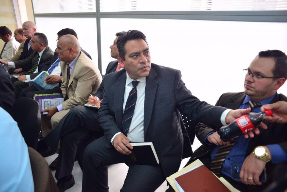 Cristiani espera a que el juez resuelva si lo liga o no a proceso por el caso de Plazas Fantasmas. (Foto: Jesús Alfonso/Soy502)