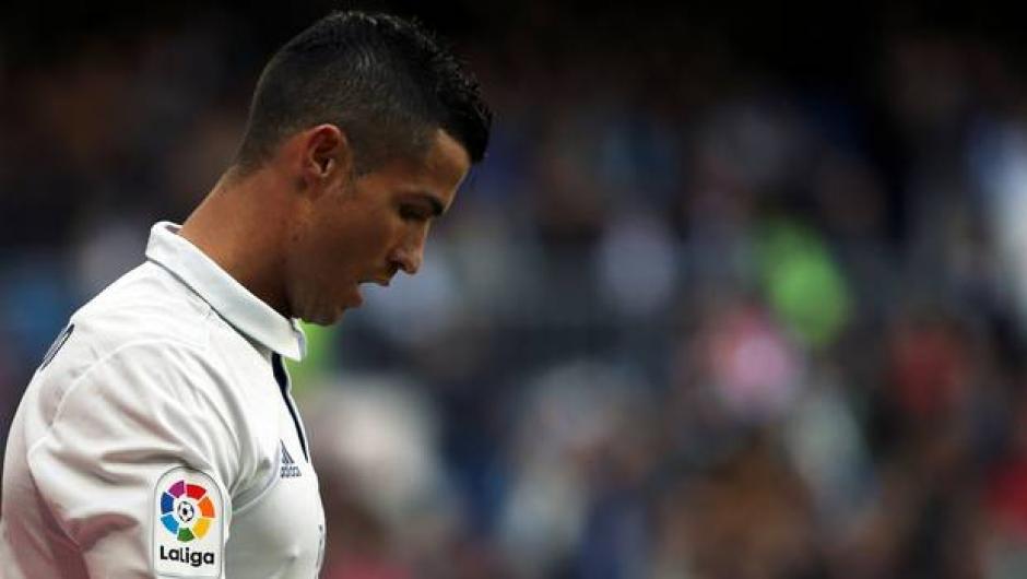 Cristiano Ronaldo luce muy presionado por no conseguir anotaciones en el Madrid. (Foto: Twitter)