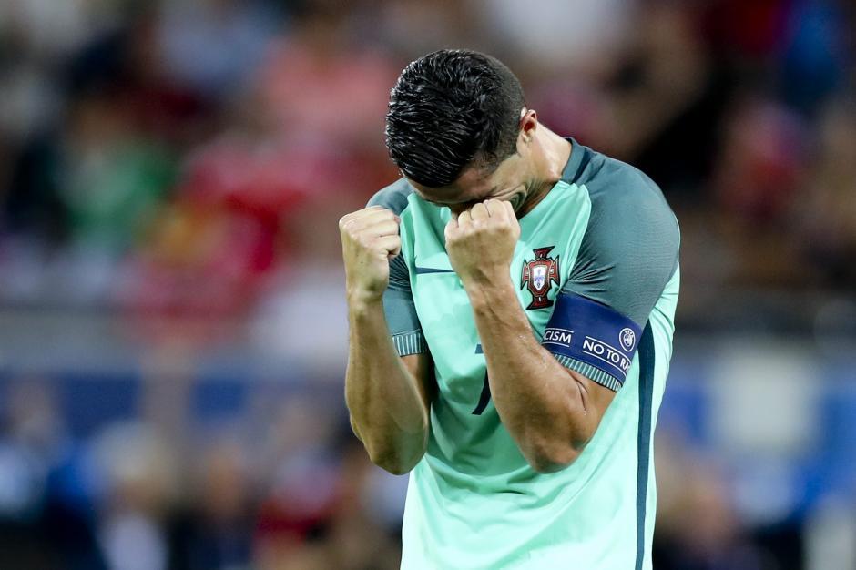 Cristiano Ronaldo fue autor de uno de los dos goles de Portugal contra Gales. (Foto: EFE)