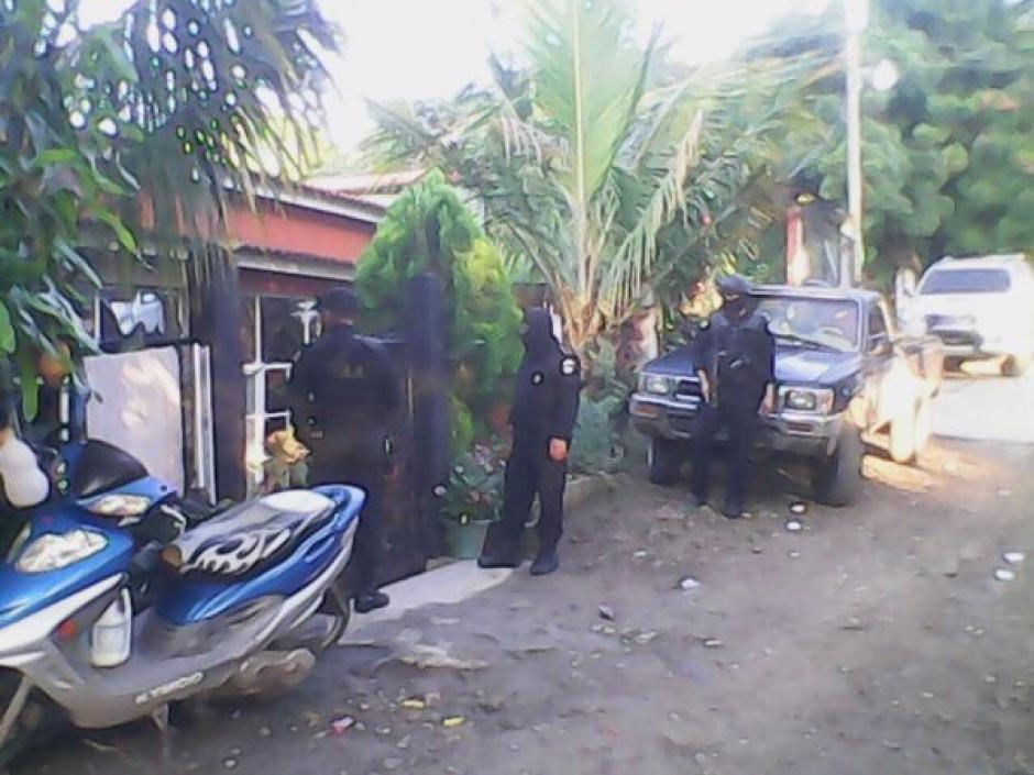 """Autoridades realizan allanamientos para capturar a supuestos integrantes de la estructura criminal """"Los Transportistas"""". (Foto: Ministerio de Gobernación)"""