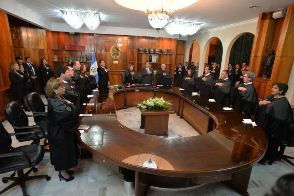 La sesión se desarrolló en una de las salas del Organismo Judicial. (Foto: Wilder López/Soy502)