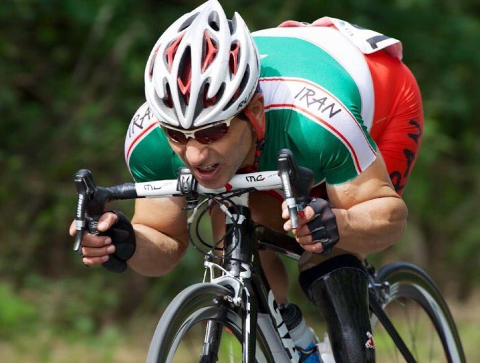 Bahman Golbarnezhad falleció después de sufrir un accidente en la prueba de ruta de la categoría C4-C5. (Foto: Twitter)