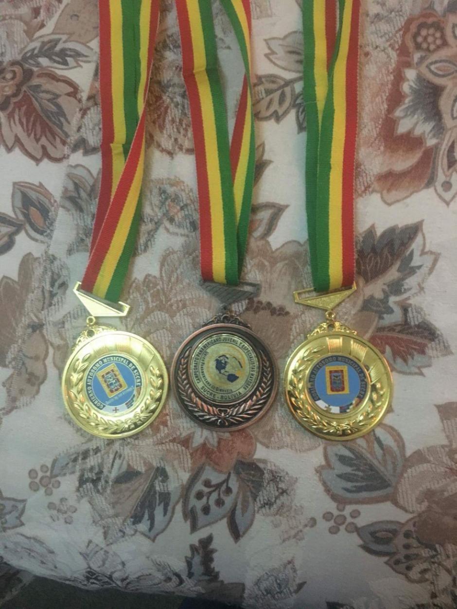 """Las tres medallas que consiguió el """"Pequeño Gigante"""" en el Panamericano. (Foto: COG)"""