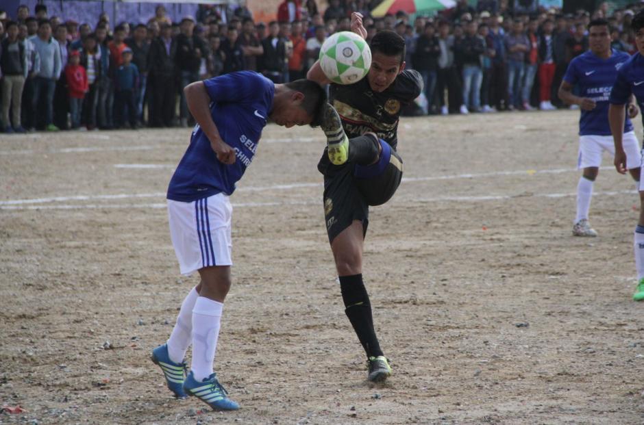 El partido fue atractivo para quienes asistieron al estadio Municipal. (Foto: Club Municipal)
