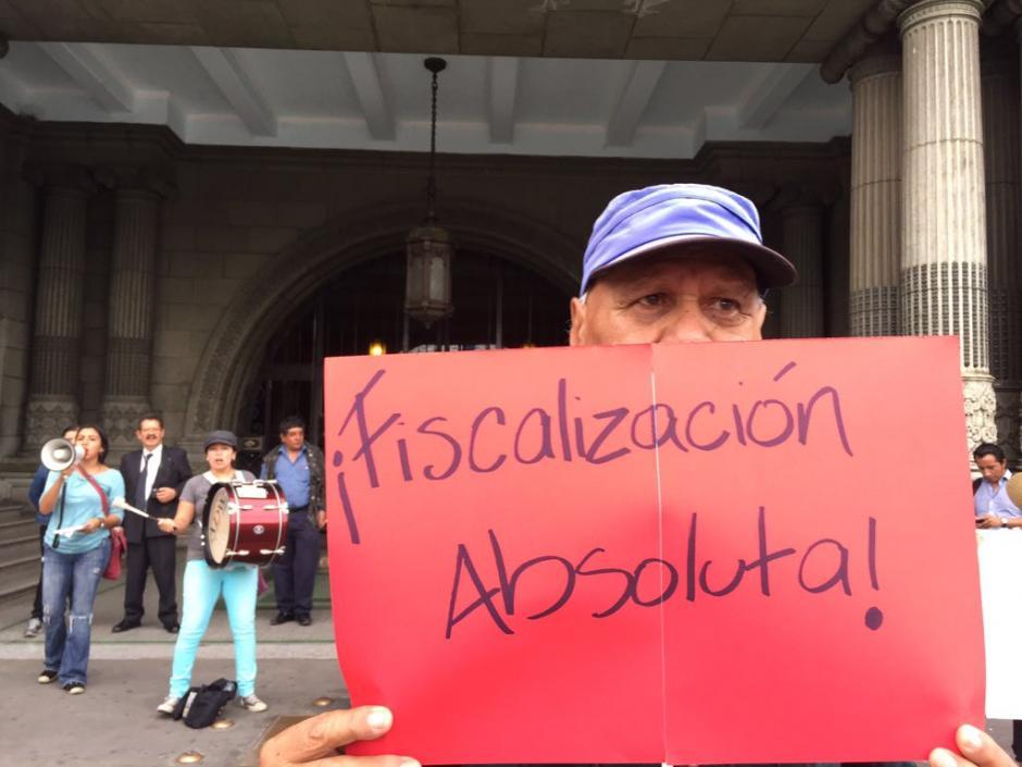 Los guatemaltecos mantienen la fiscalización de la autoridades de Gobierno. (Foto Twitter/Justicia Ya)