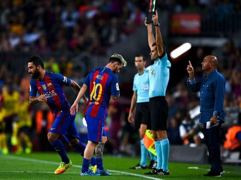 Messi piensa terminar su carrera lejos del Barcelona. (Foto: Twitter)