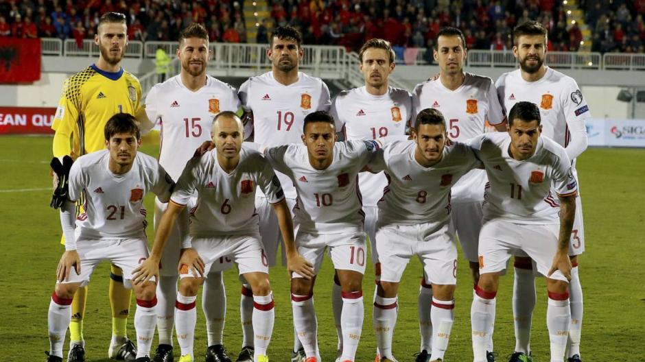 La Federación de Fútbol de España también salió en defensa del jugador de Barcelona. (Foto: AFP)