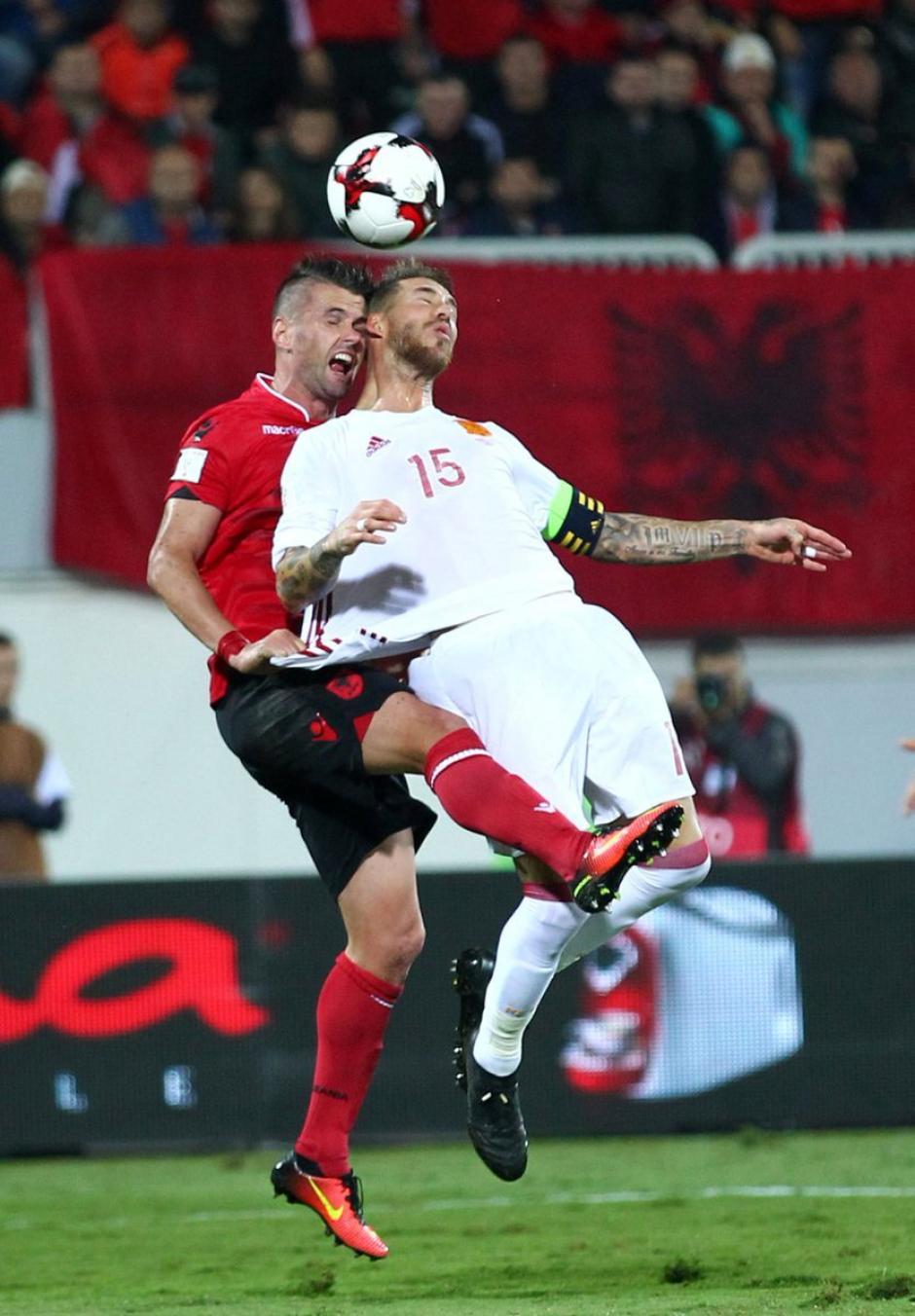 Ramos jugó con España y terminó con un esguince. (Foto: Twitter)