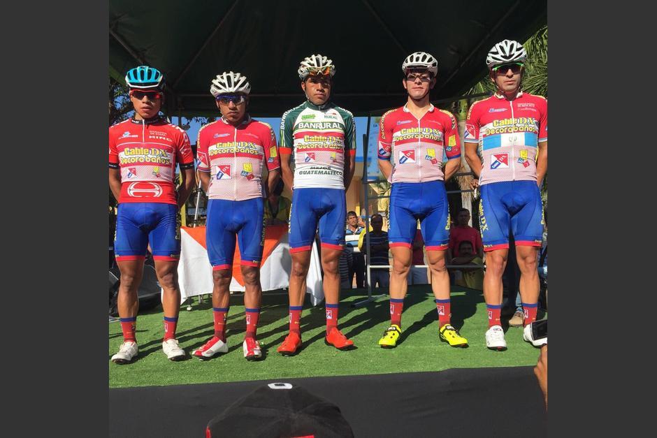 El equipo Cable DX de Quetzaltenango está dando pelea en la Vuelta. (Foto: Nuestro Diario)