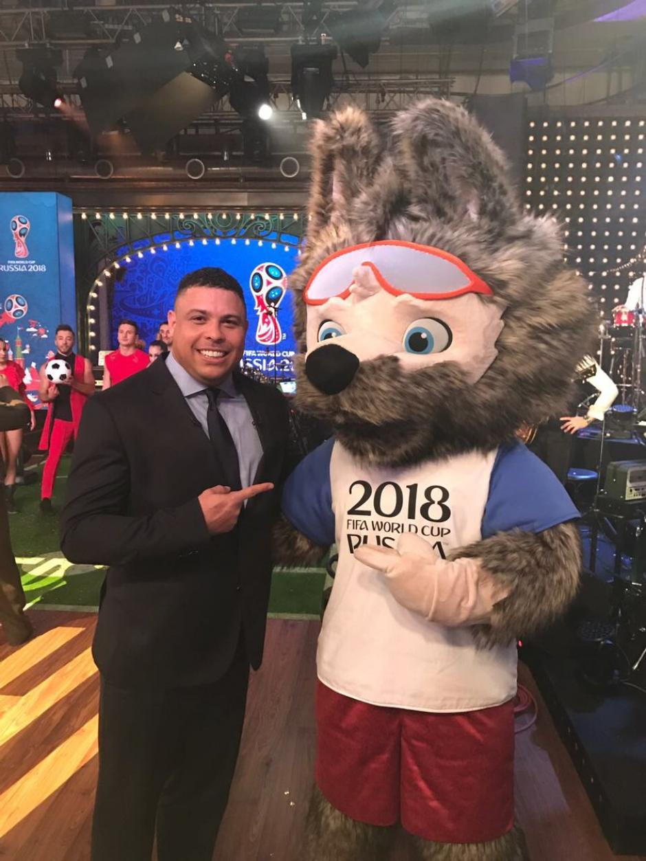 Ronaldo estuvo presente en la presentación de la mascota del Mundial de Rusia 2018. (Foto: Twitter)