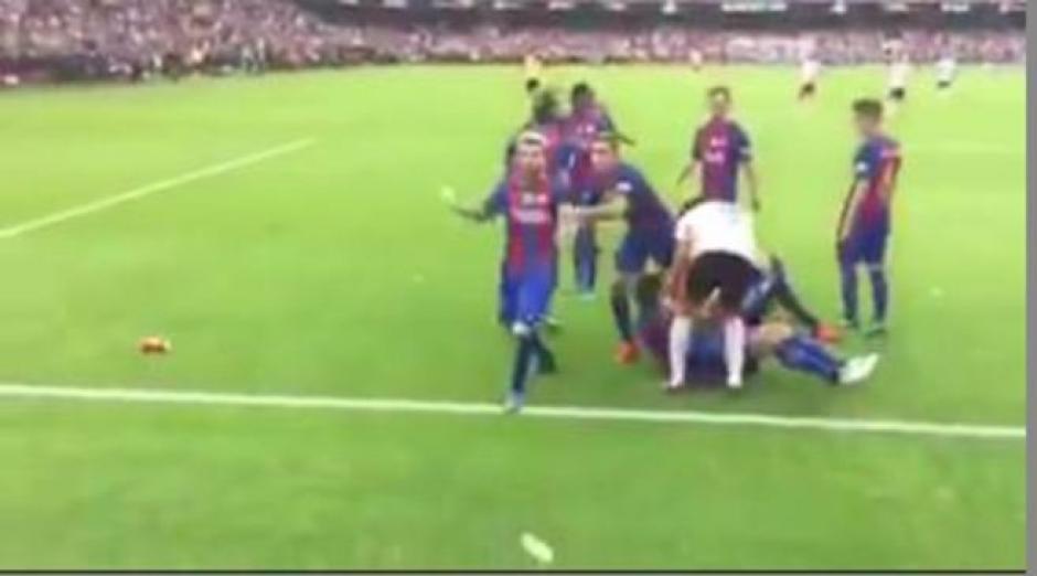 Desde esta óptica se captó la polémica en Mestalla. (Imagen: captura de pantalla)