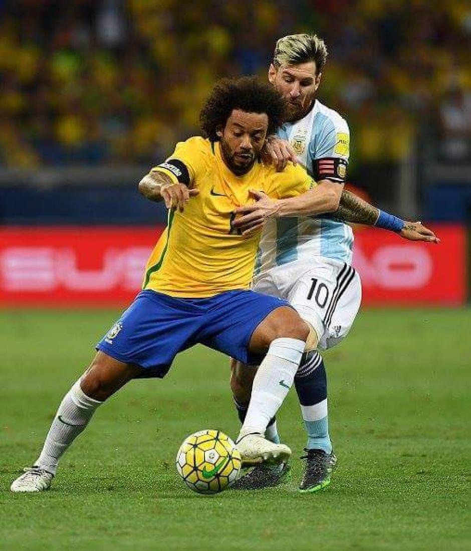 Marcelo estuvo bien en defensa y ataque en el triunfo de Brasil. (Foto: Twitter)