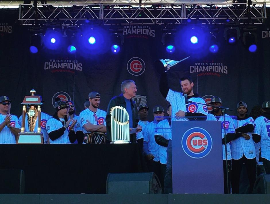 El alcalde recibió a los campeones de Grandes Ligas. (Foto: Cubs)