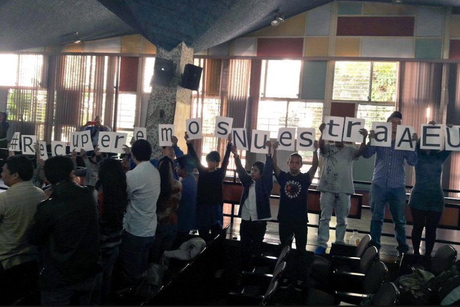 Estas elecciones permitirán que los estudiantes recuperen su asociación. (Foto: Javier Lainfiesta/Soy502)