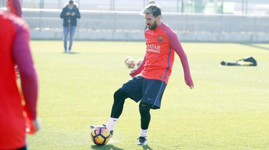 Por lo pronto, Messi se entrena con normalidad con el Barcelona. (Foto: Twitter)