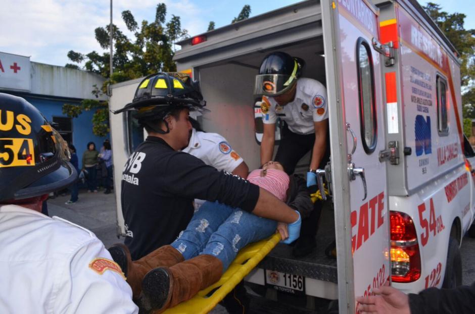 Los heridos fueron llevados al hospital Roosevelt. (Foto: Bomberos Voluntarios)