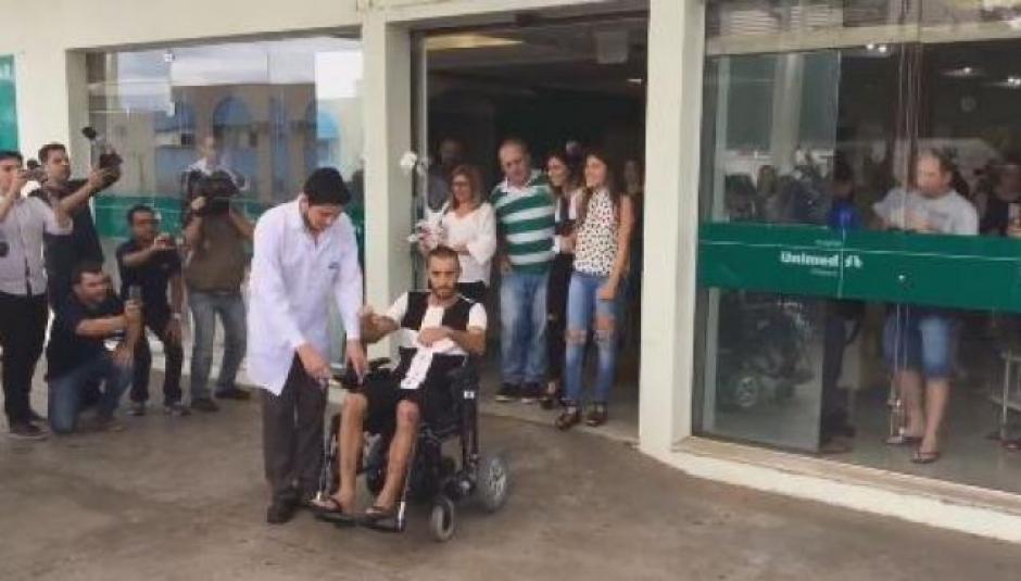 Alan Ruschel fue dado de alta del hospital. (Foto: Twitter)