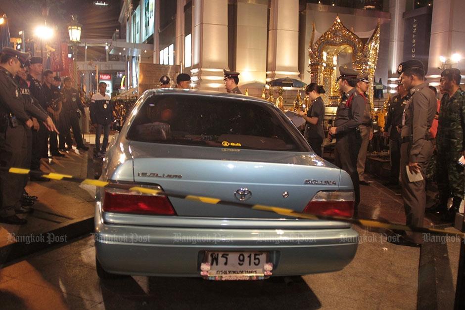 La hija de la mujer desvanecida iba en el asiento del copiloto y salió asustada tras el percance. (Foto: Panumas Sanguanwong)