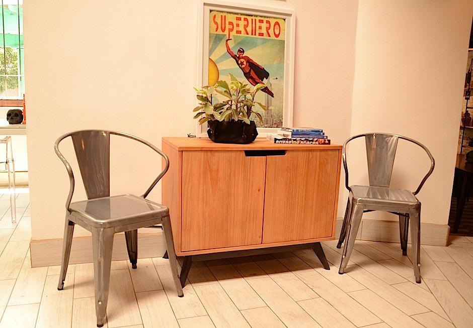 Con estos consejos, compartidos por la especialista Carmela Enríquez ayudarán a que los rincones aburrido en tu hogar cobren vida con el uso inteligente de muebles y colores. (Foto: Selene Mejía/Soy502)