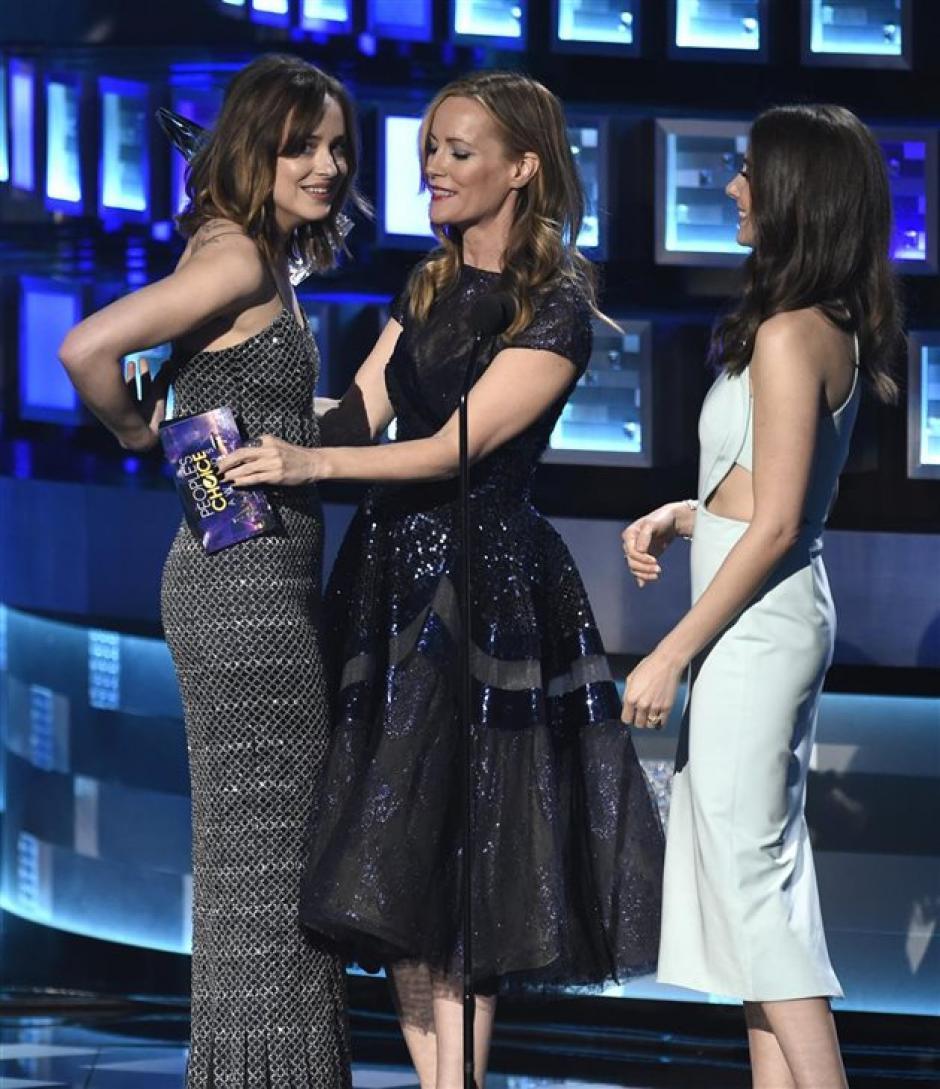 Dakota Johnson ganó el premio a la mejor actriz dramática en los People's Choise. (Foto: lecturas.com)