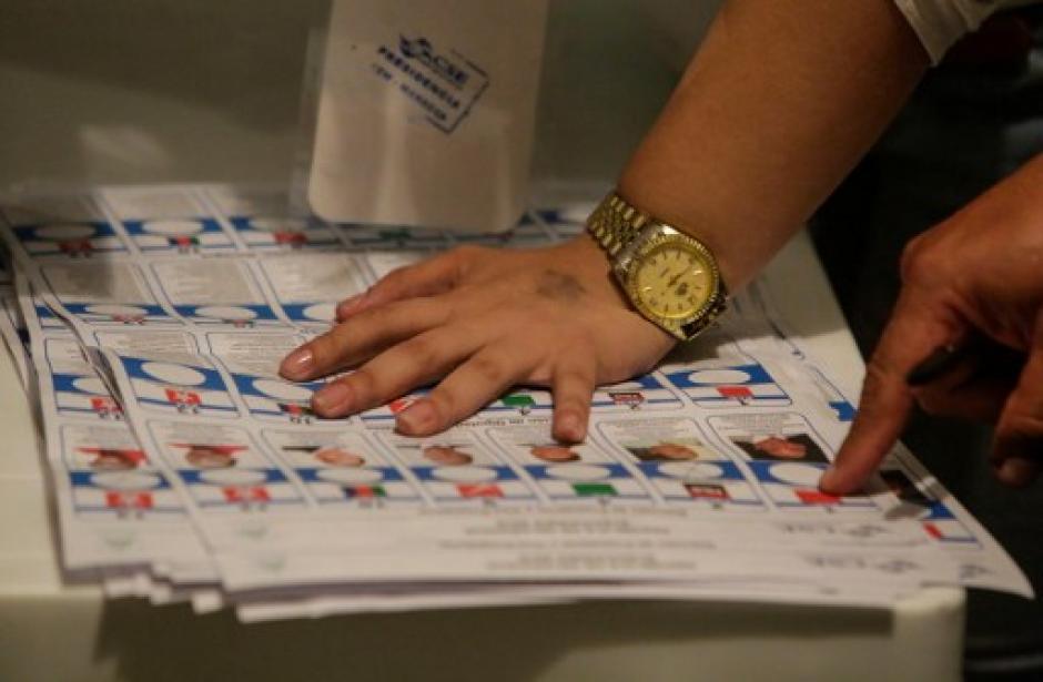 En unas cuestionadas elecciones, Ortega se alzó con más del 70% de los votos. (Foto: AFP)