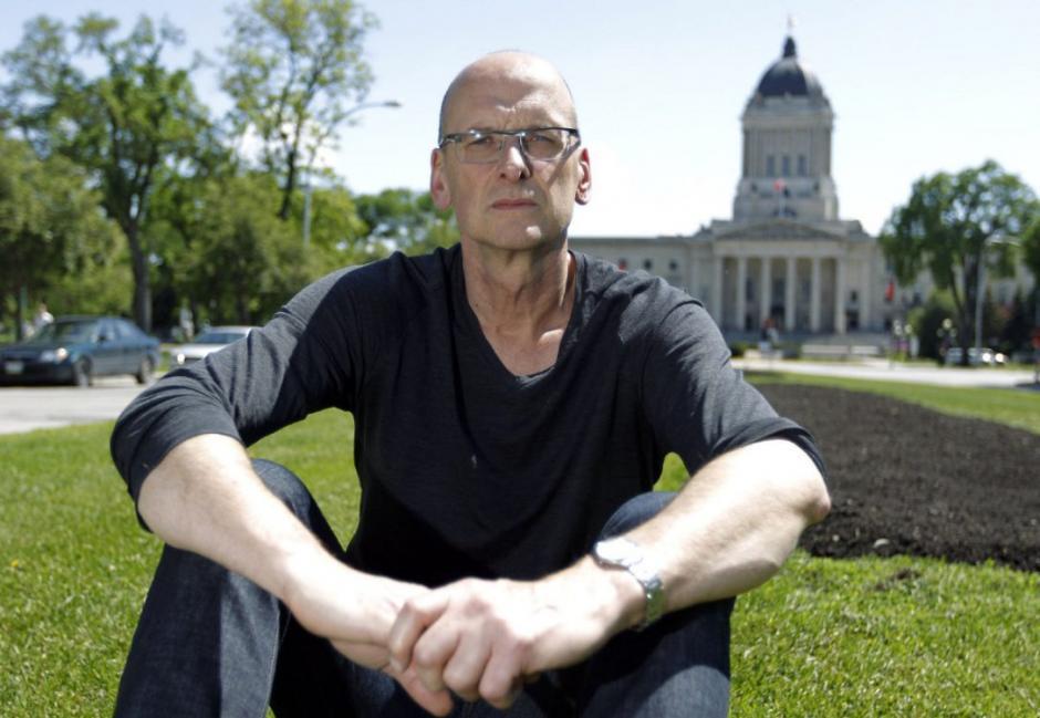 """David Bergen es el autor de """"Stranger"""", una fuerte novela. (foto: thestar.com)"""