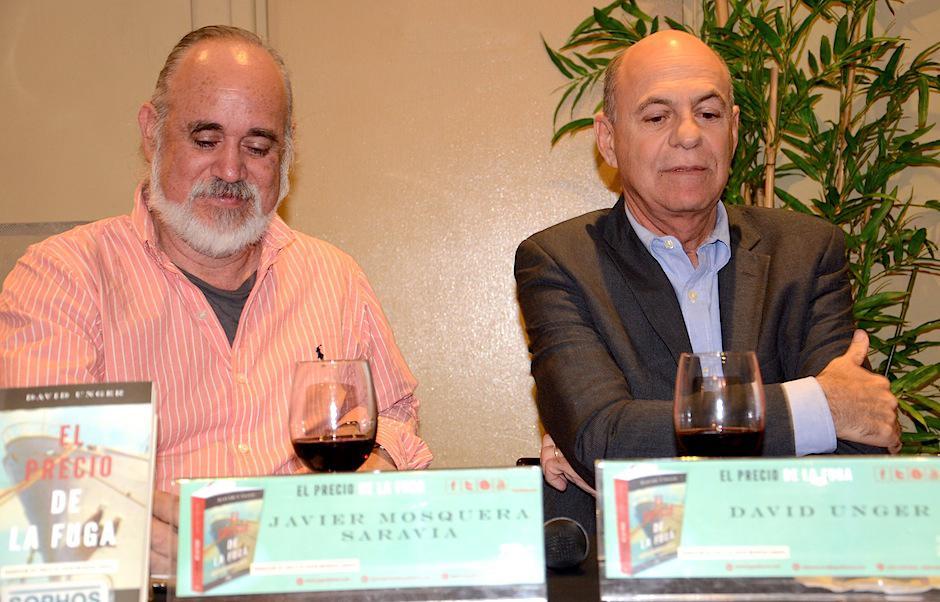 El cuentista y novelista guatemalteco Javier Mosquera Saravia, también compartió sus impresiones junto a Unger. (Foto: Selene Mejía/Soy502)