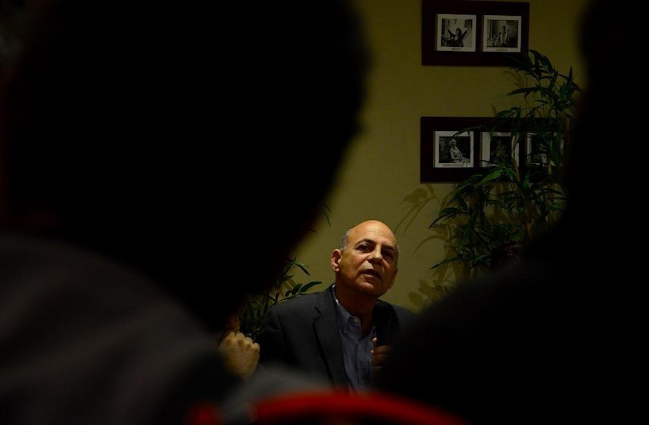 El escritor David Unger respondió dudas de los lectores acerca de su obra. (Foto: Selene Mejía/Soy502)