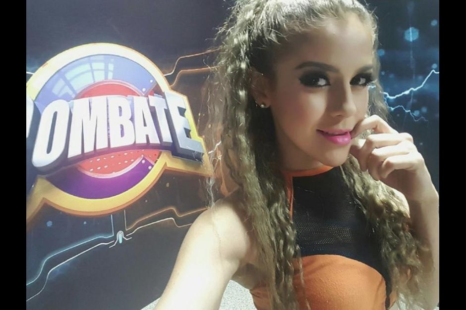 """Dayane Rivas participa en el equipo naranja del programa """"Combate"""" que se transmite por la televisión Nacional.  (Foto: Facebook/Dayane Rivas)"""