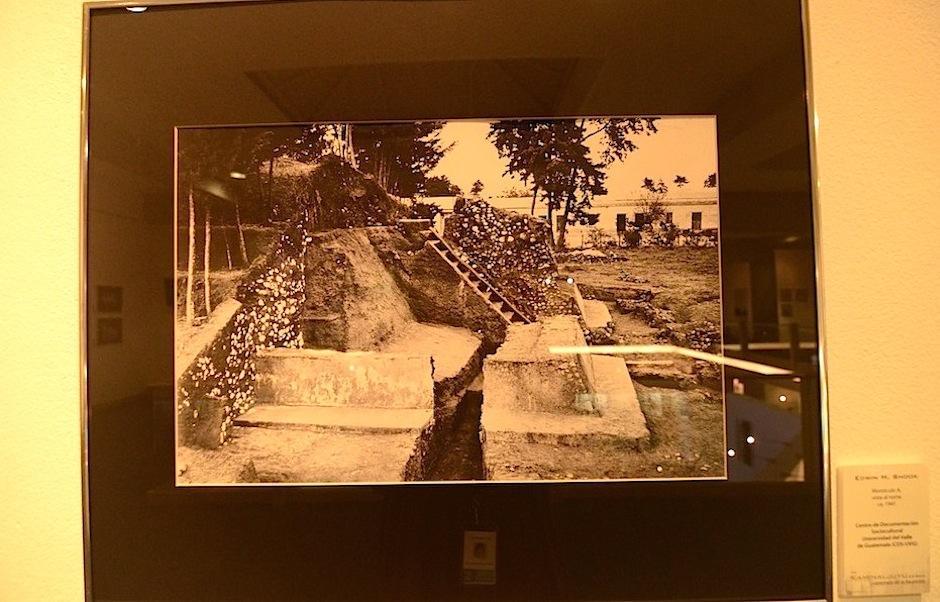 Las fotos abarcan del siglo XIX, hasta nuestra época. (Foto: Selene Mejía/Soy502)