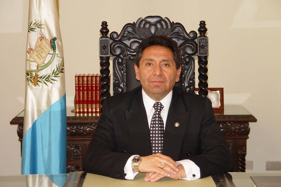 El abogado José Francisco de Mata Vela fue electo como magistrado titular de la CC por parte de la Usac, pese a ser señalado de plagio. (Foto: Archivo)