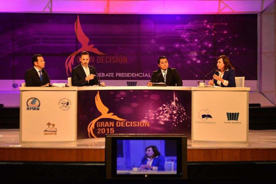 El debate Gran Decisión 2015 lo organizó la Alianza Evangélica de Guatemala y Guatevisión. (Foto: Wilder López/Soy502)