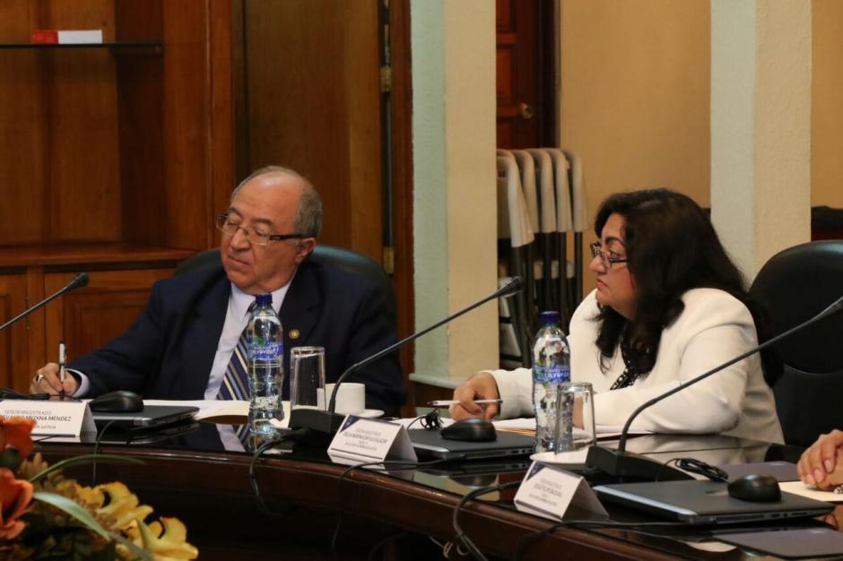 Nery Medina y Delia Dávila fueron los candidatos propuestos este domingo. (Foto: Alejandro Balán/Soy502)