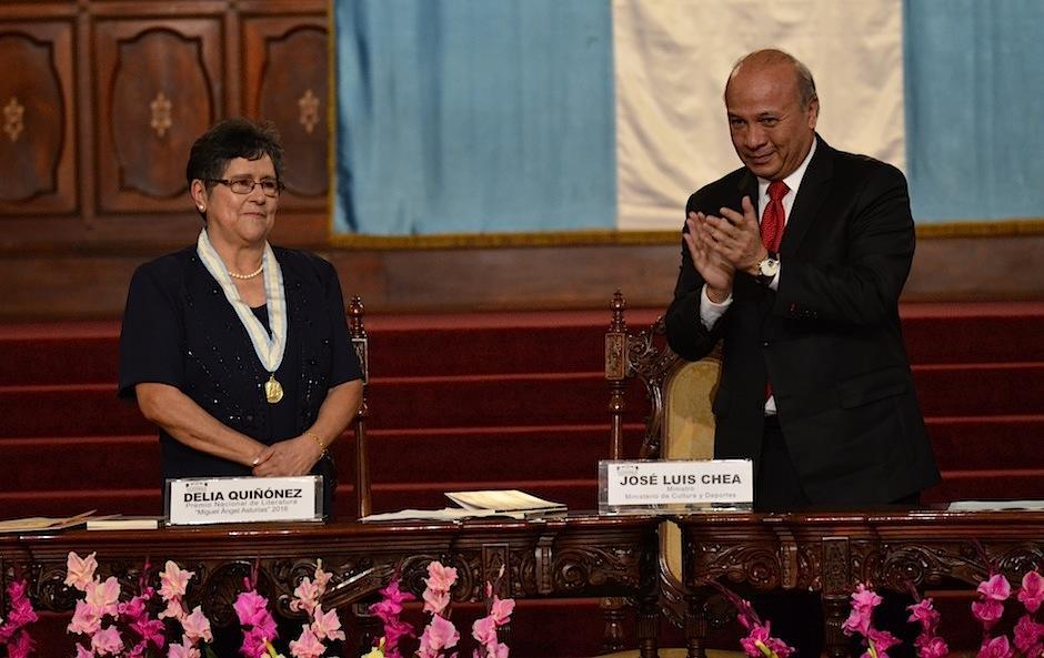 El ministro de Cultura y Deportes, José Luis Chea Urruela, habló del trabajo de Quiñonez. (Foto: Selene Mejía/Soy502)