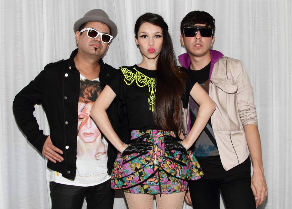 Denisse Guerrero, vocalista de Belanova, olvidó la letra de una canción de Juan Gabriel. (Foto: mtv.com)