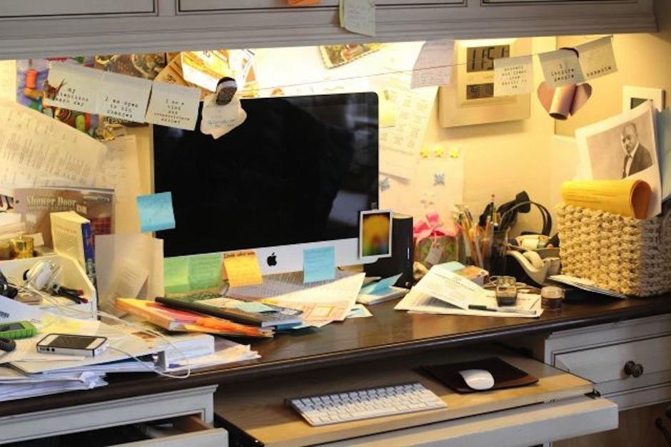 El escritorio desordenado aumenta la creatividad. (Foto: recreoviral.com)