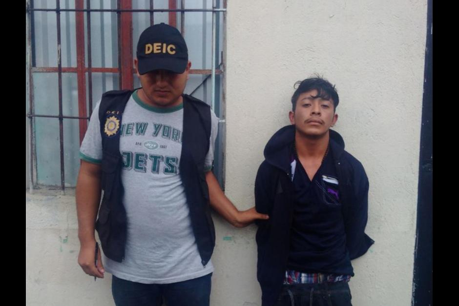 Johnny Alexander Reyes Lemus fue detenido en la zona 6. (Foto: PNC)