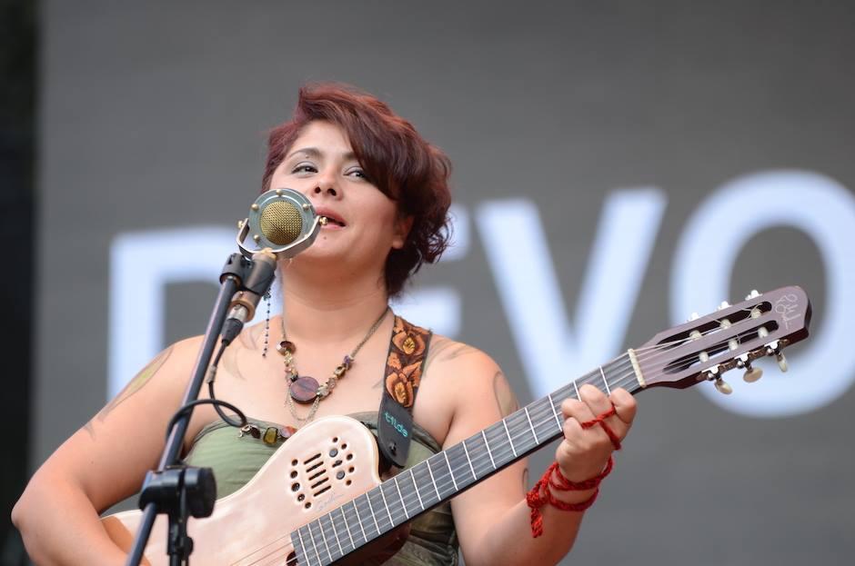Sus canciones, son historias de vida. (Foto: Selene Mejía/Soy502)