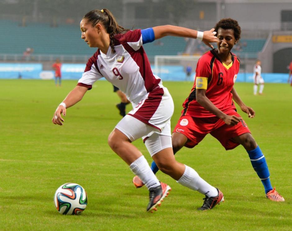 Deyna empezó a jugar fútbol desde los cinco años. (Foto: lapatilla.com)