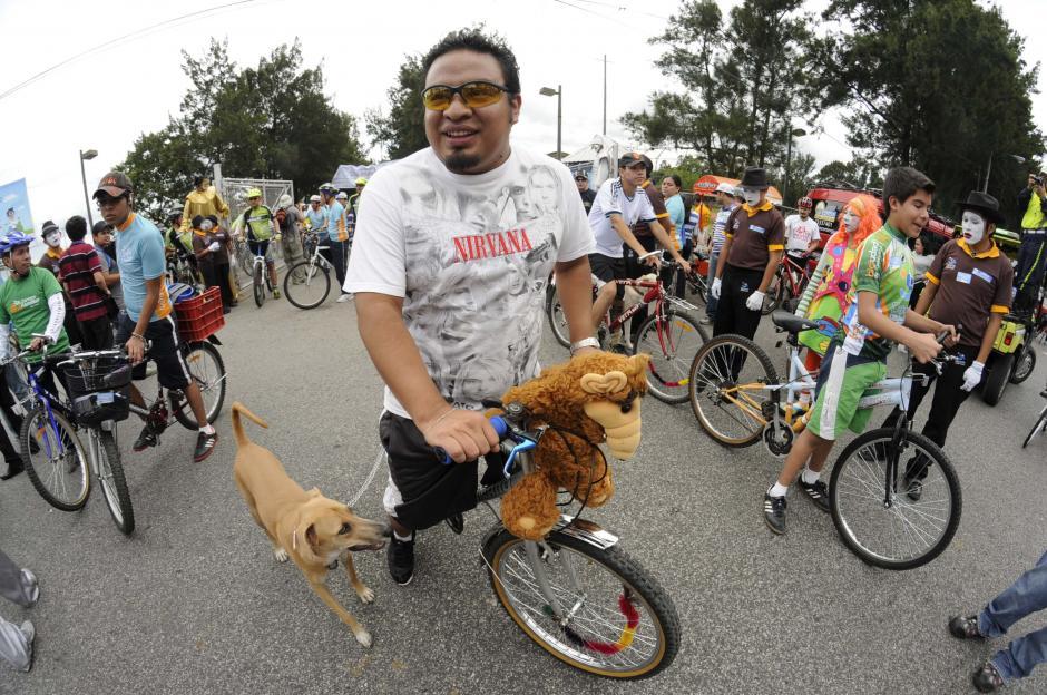 Los grupos de bicicletas hacen recorridos dentro y fuera de la capital. (Foto: Archivo/Soy502)