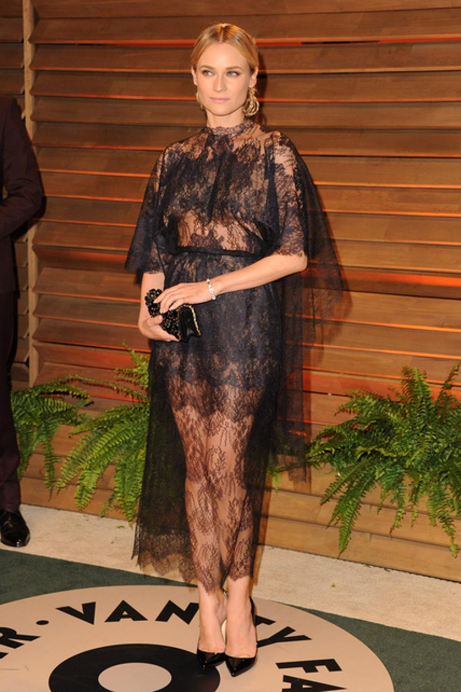 Diane kruger eligió mostrar sus piernas con las transparencias de Valentino. (Foto: SModa)