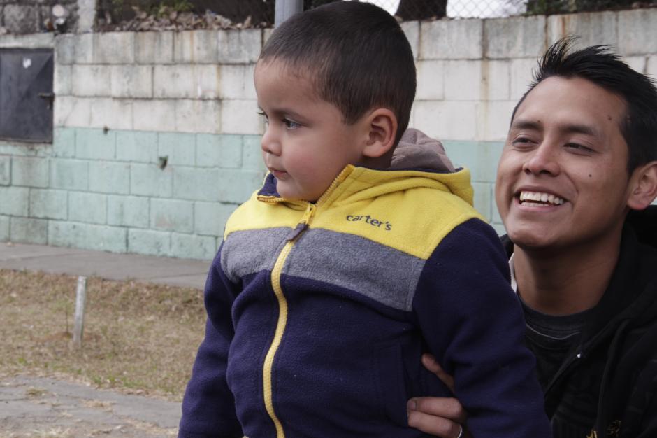 Dieguito es muy curioso con las cosas que suceden a su alrededor. (Foto: Fredy Hernández/Soy502)