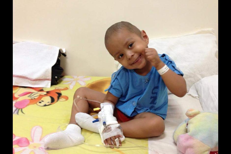 La familia de Diego pide colaboración para realizarle el trasplante. (Foto: Facebook)