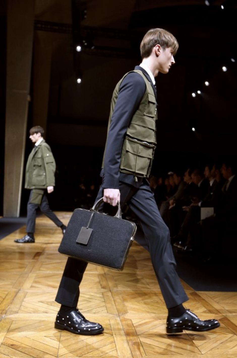 La colección de Dior mantiene un toque tradicional con colores sobrios.