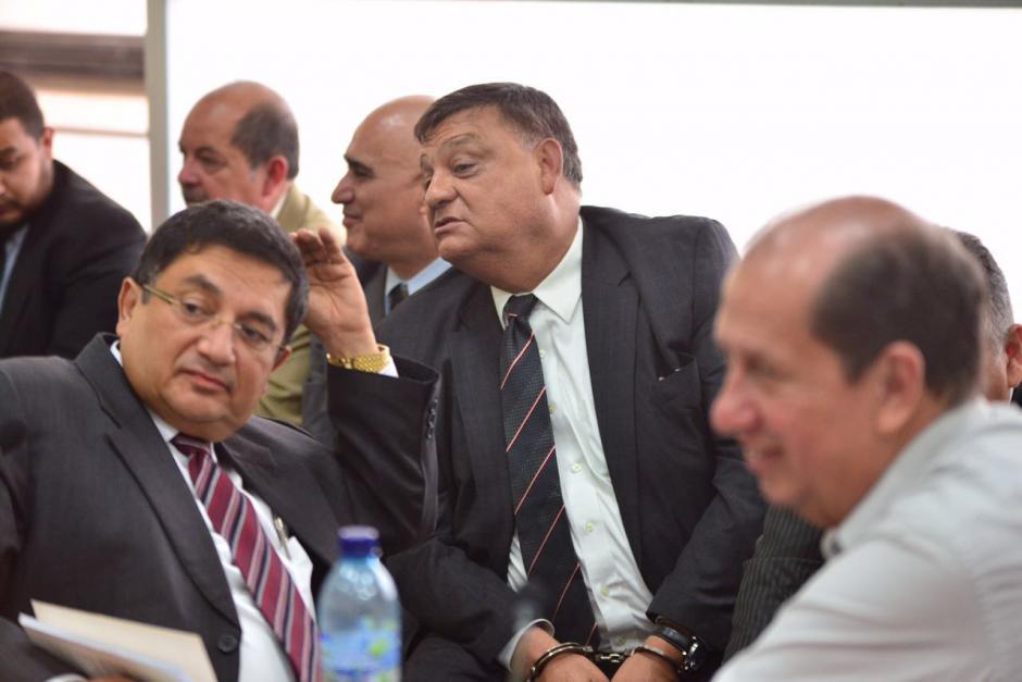 Carlos Herrrera y Luis Mijangos durante la audiencia. (Foto: Jesús Alfonso/Soy502)